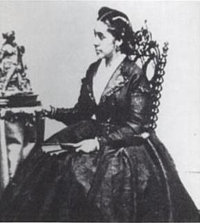 Louise De Mortie